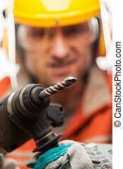 建設, 建築物, 工程師, 或者, 体力勞動者, 人, 在, 安全, hardhat, 鋼盔, 手 藏品, 電, 錘子,...
