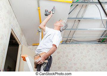 建造者, 建立, a, 懸吊的天花板