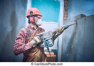 建造者, 由于, 錘子, 打破, 牆, 在室內