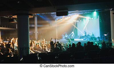 弄污背景, -, 很多, 在中, 人们, 跳舞, 在, the, 音乐会