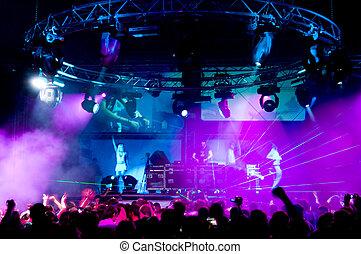弛緩, ステージ, 人々, コンサート, 女の子, 匿名