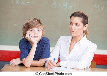 強調された, そして, 不幸, 男生徒, 勉強, 中に, 教室, ∥で∥, teache