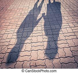 影, 2人の人々