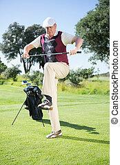 彼の, ゴルファー, 怒る, クラブ, 壊れなさい, つらい