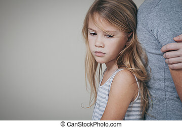 彼の, 娘, 抱き合う, 悲しい, 母, home.