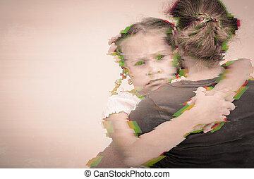 彼の, 娘, 抱き合う, 悲しい, 肖像画, mother.