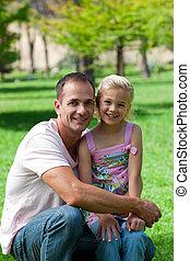 彼の, 娘, 持つこと, 微笑, 父, ピクニック