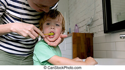 彼の, 母, 息子, ブラシの 歯, 教授