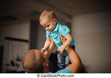 彼の, 父, の上, 空気, 保有物, 子供