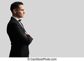 彼の, 若い見ること, 黒いスーツ, 側, 人