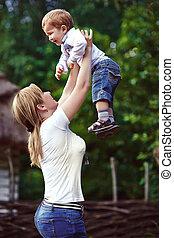 彼女, 公園, 息子, 笑い, 母親遊び
