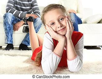 彼女, 床, 親, 背景, 肖像画, 微笑の女の子, あること
