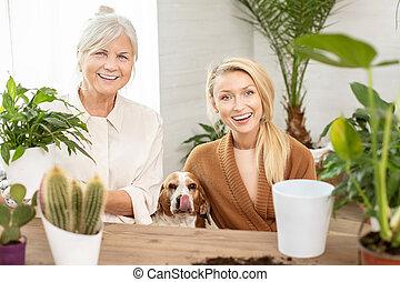 彼女, 時間, 祖母, 出費, 孫娘, 一緒に。