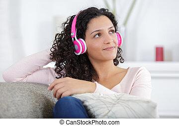 彼女, 聞くこと, 音楽, smartphone, 女の子