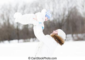彼女, 若い, 雪, 母, 赤ん坊, 遊び