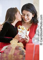 彼女, 贈り物, 母, 意外, 女の子, クリスマス