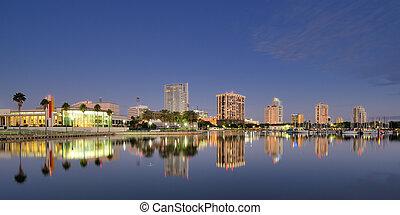 彼得堡街, 佛羅里達
