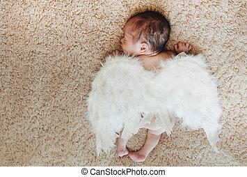 很少, 赤裸, 新生的嬰孩, 睡覺, 由于, 天使飛行