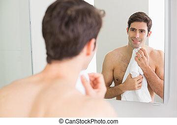 後部光景, の, 人, ∥見る∥, 自己, 中に, 浴室 ミラー