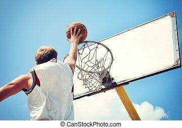 得点, バスケットボール, 飛んでいる高値, プレーヤー, 行動
