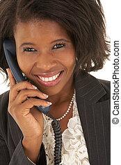 從事工商業的女性, 年輕 成人