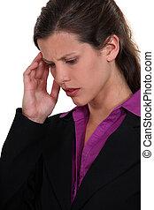 從事工商業的女性, 由于, 頭疼