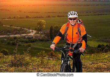 循環, 草地, 年輕, 透過, 綠色, 鄉村的道路, 人