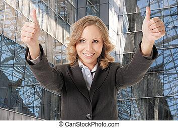 微笑の 女性, 親指, ビジネス, の上