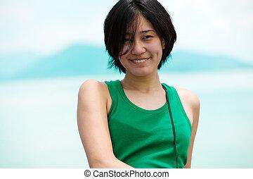 微笑, アジアの少女