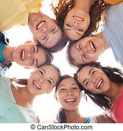 微笑, グループ, ティーネージャー