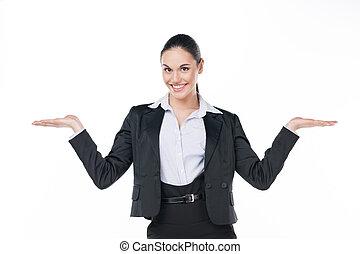 微笑, 女商人, 顯示, 打開, 模仿空間, 由于, 兩個都, hands., 站立, 被隔离, 在懷特上