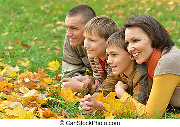 微笑, 家族, 弛緩