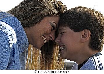 微笑, 母, 息子