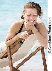微笑, 浜, 若い 女の子