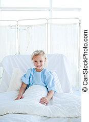微笑, 白膚金發碧眼的人, 女孩, 上, a, 醫院床