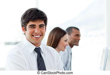 微笑, 若い, ビジネスマン