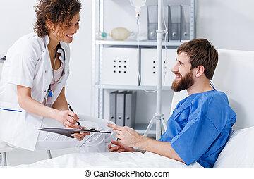 微笑, 護士, 听, 到, 病人