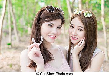 微笑, 2人の女性たち, 幸福に, 美しさ