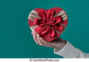 心形狀, 他的, 禮物, 手
