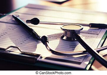 心臓学医, 聴診器, ペーパー, 保険
