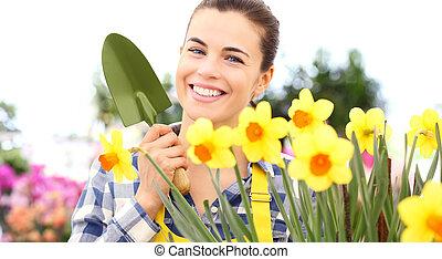 心配, スイセン, 庭, 春, 取得, 花, 女性の 微笑