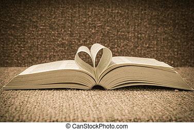 心, 回転した, 形, 本, テーブル, 開いた, ページ
