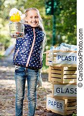 快樂, 好, 女孩, 幫助, 為了儲蓄, the, 環境