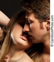 性感, 年輕夫婦