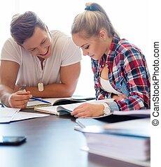 恋人, の後ろ, 若い, 準備, テーブル, 生徒, 試験