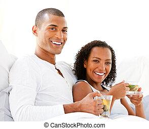 恋人, カップ, 飲む茶, 幸せ