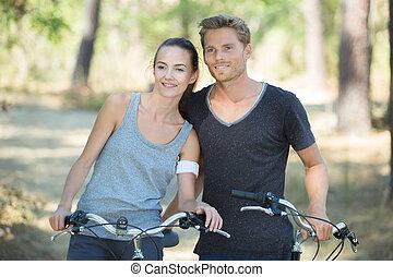 恋人, サイクリング, 若い, 森林