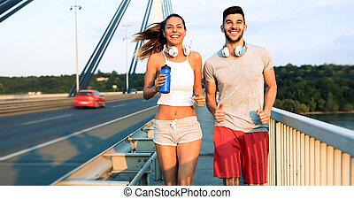 恋人, ジョッギング, 屋外で