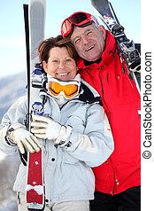 恋人, スキーをする, より古い