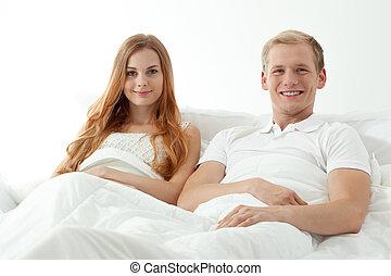 恋人, ベッド